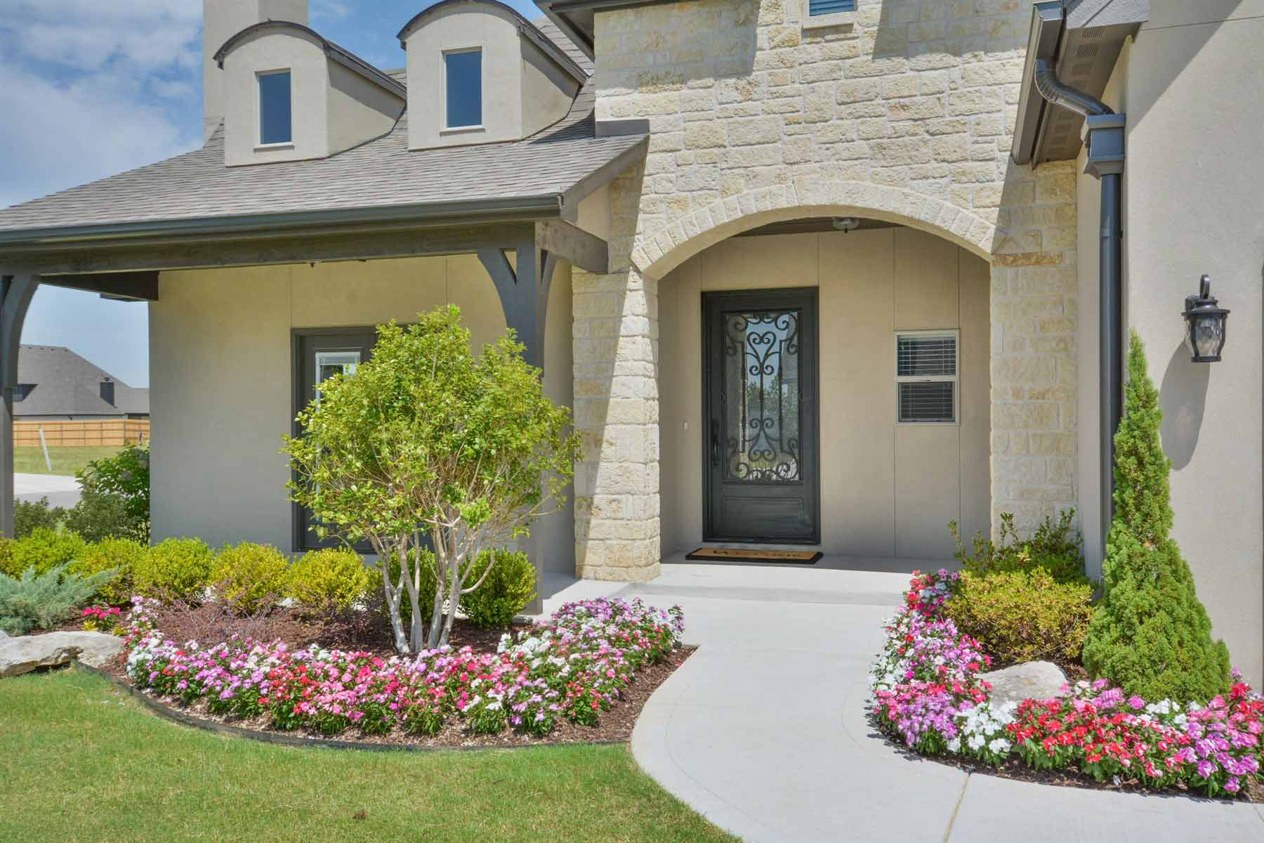 Buying model home
