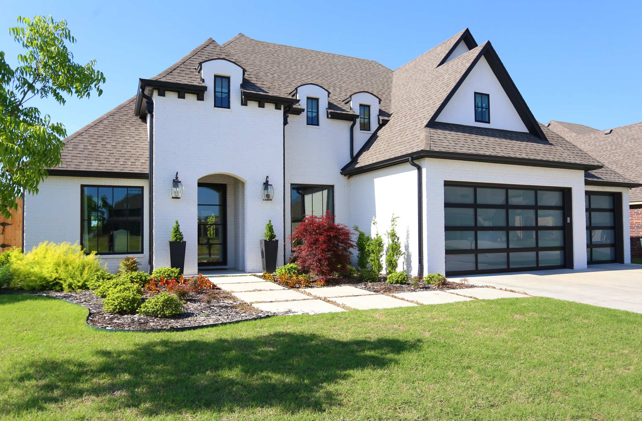 Southern homes award winning tulsa custom home builder for Southern custom homes